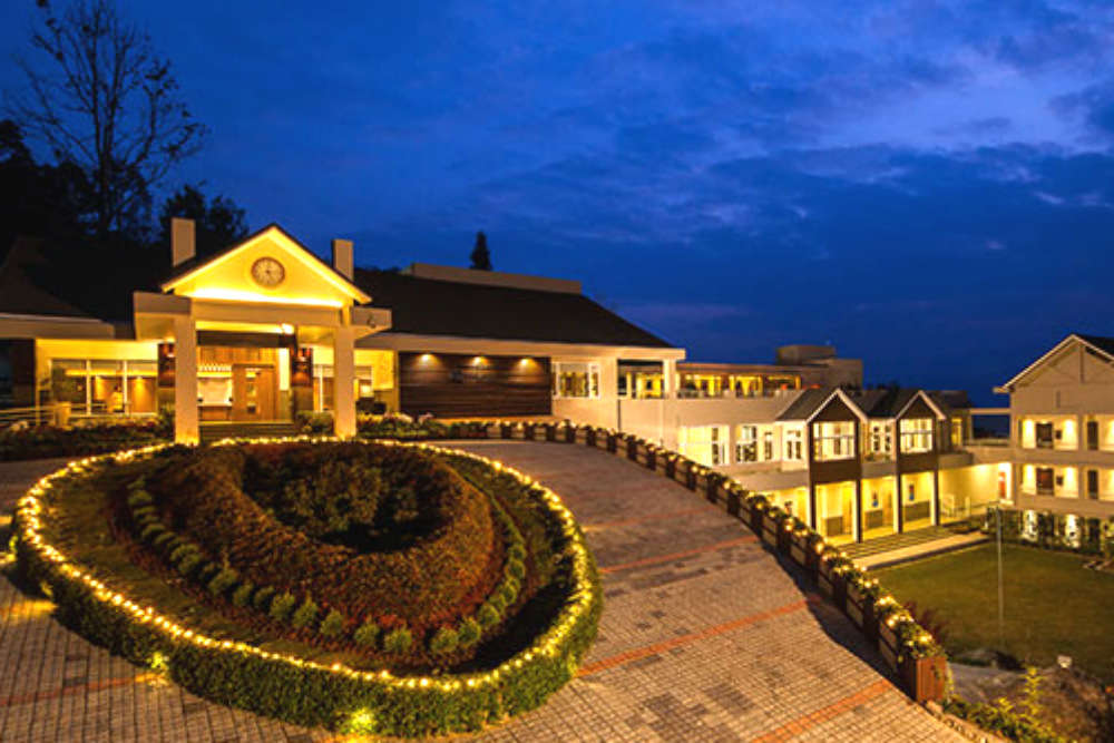 Finding your way into the famous luxury resorts in Kalimpong