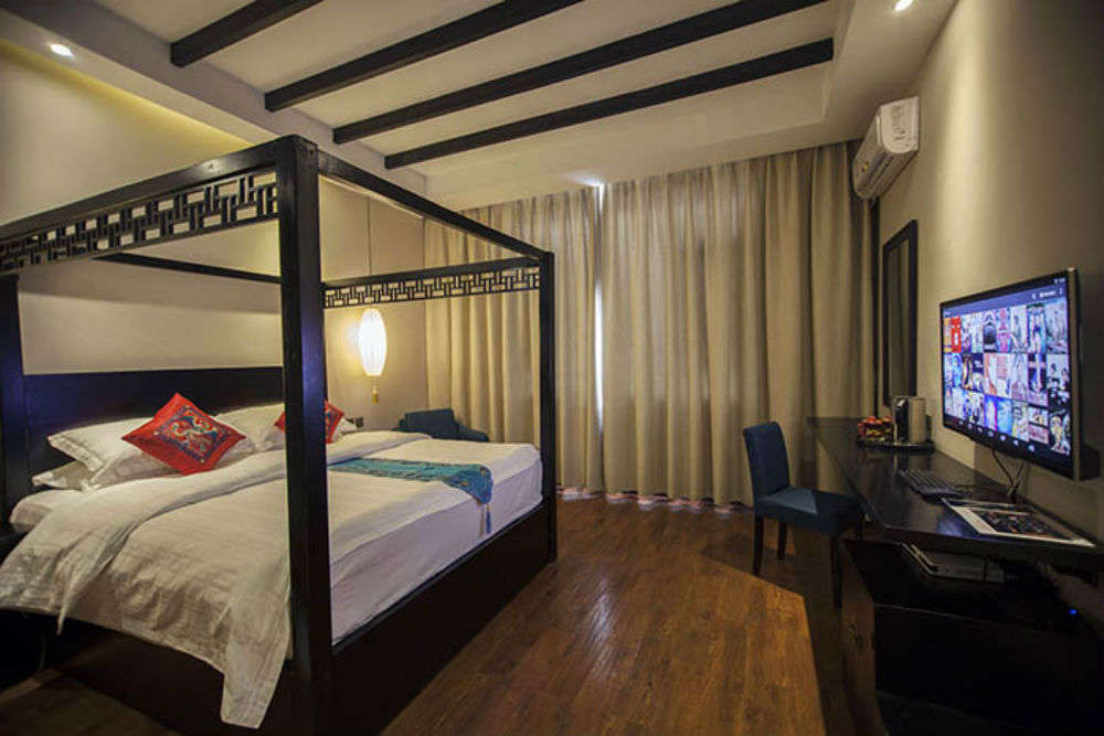 Save up with these budget hostels in Shanghai