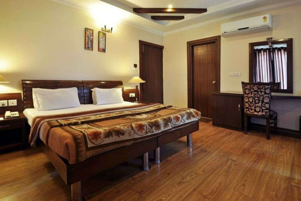 Make your stay delightful at these mid-range hotels in Dehradun
