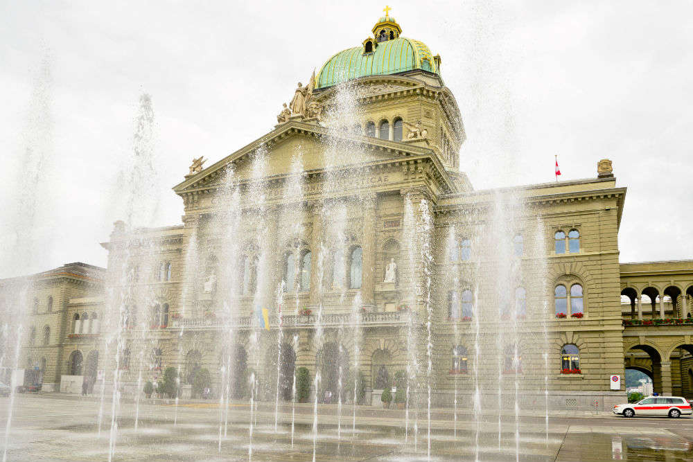 Bundeshaus and the Water Jets