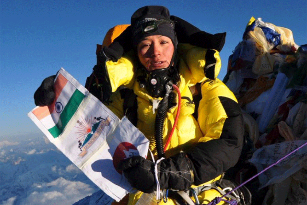 ​First woman who mounted the Everest, TWICE IN ONE WEEK!