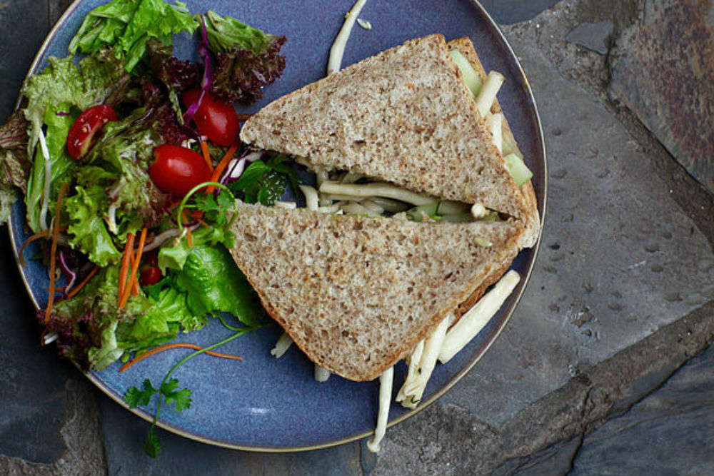 Om Hanoi Yoga Studio & Vegetarian Cafe