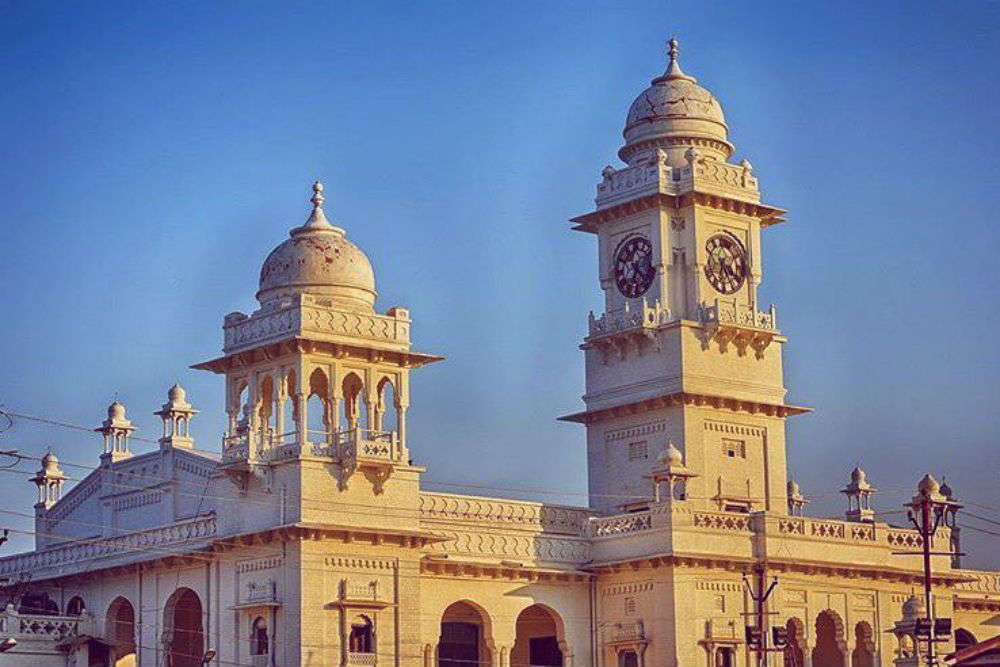 kanpur Kanpur is a city in uttar pradesh understand [] kanpur a major industrial and commercial city located on the banks of the river ganges it has an area of over 1,200 km²(a 5th largest city in india) and had a population of around 61 million in the 2008 census.
