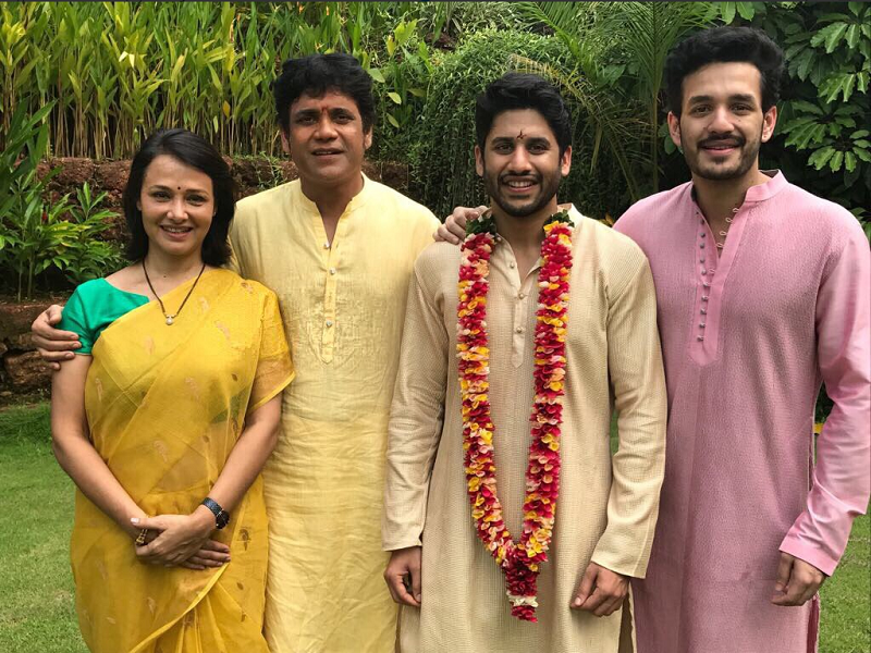 Naga chaitanya samantha wedding the dashing groom with his family naga chaitanya samantha wedding the dashing groom with his family telugu movie news times of india altavistaventures Gallery
