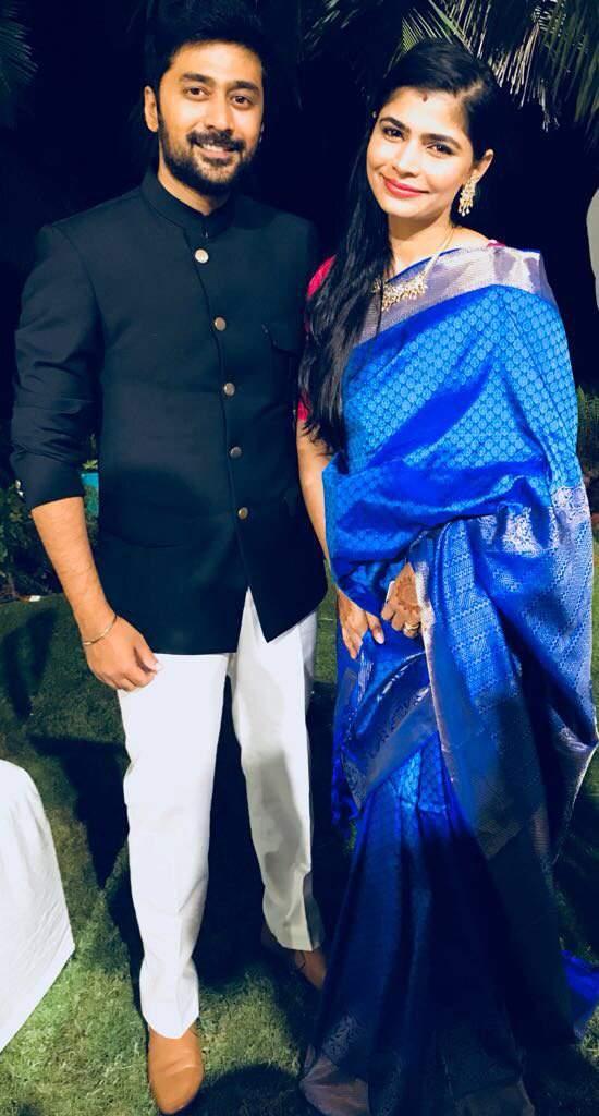 Naga Chaitanya Samantha Wedding Rahul Chinmayi Make A Splash