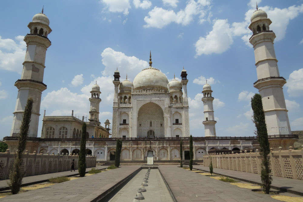Did you know there are replicas of the Taj Mahal in India?