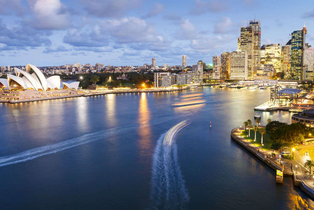 Great Australian Airfare Sale kick-starts today! Know how to make the most of it.
