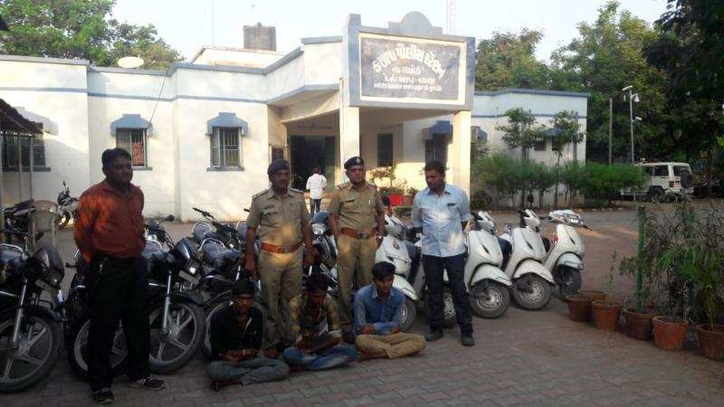 16 stolen vehicles recovered, police arrest three persons