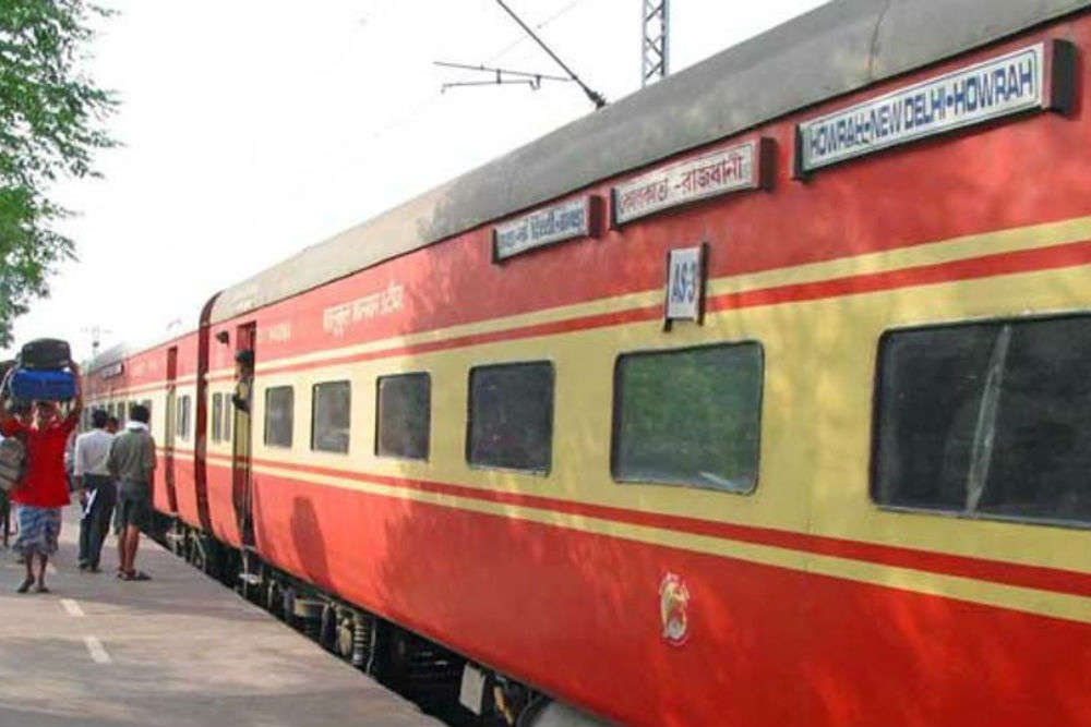 Now, Rajdhani, Shatabdi passengers will get SMS alerts about train delays