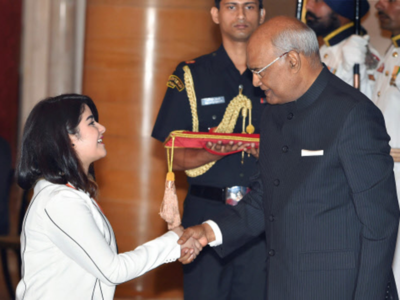 President confers awards on Dangal's Zaira, Super 30's Anand Kumar - Times of India