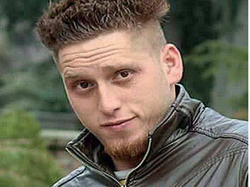 Kashmir footballer Majid Khan joins Lashkar-e-Taiba, leaves family shocked - Times of India