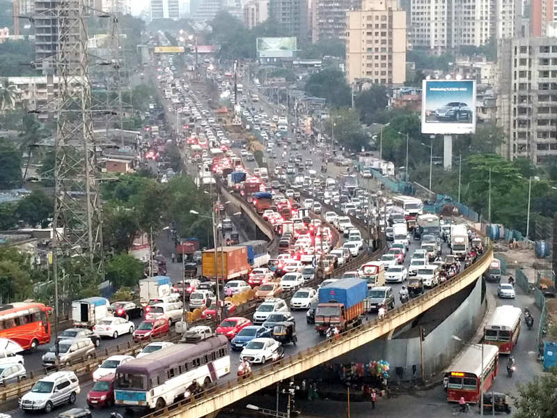 mumbai city information Mumbai location is in the deccan region of india and it is the capital city of the state of maharashtra mumbai location is perfectly set in the western coast of india, by the bank of the arabian .