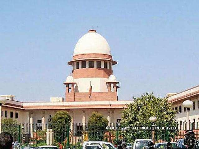 SC extends Aadhaar linking deadline to March 31, 2018 - Times of India