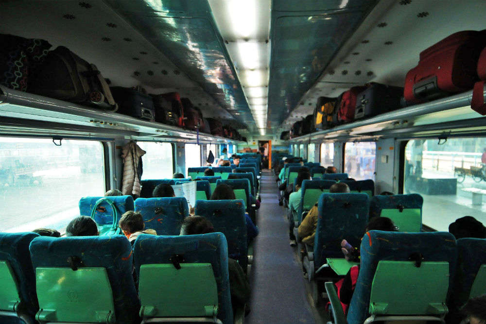 Jaipur-Agra Shatabdi Express to be equiped with all modern features under Project 'Swarna'