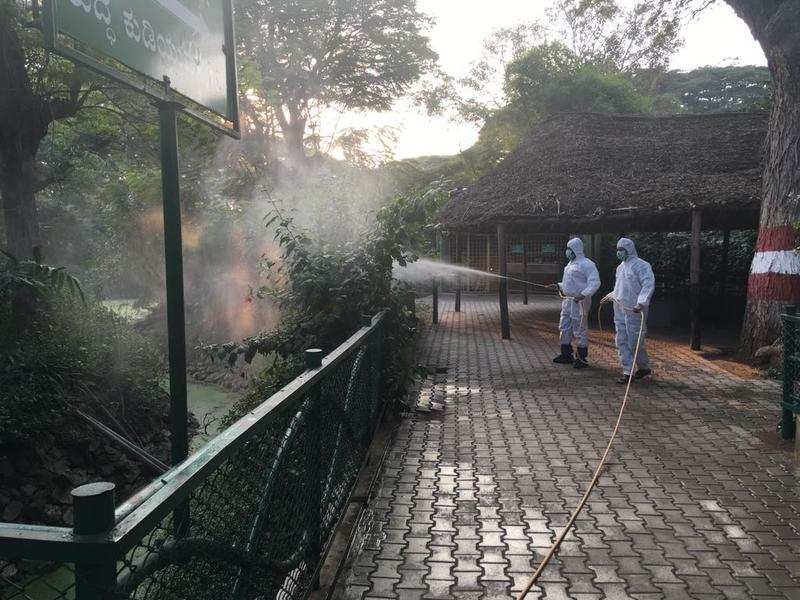mcdonalds steps up bird flu precautions