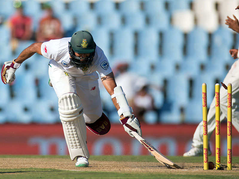 India v South Africa, 2nd Test: Three late wickets give India lift on day of toil - Times of India