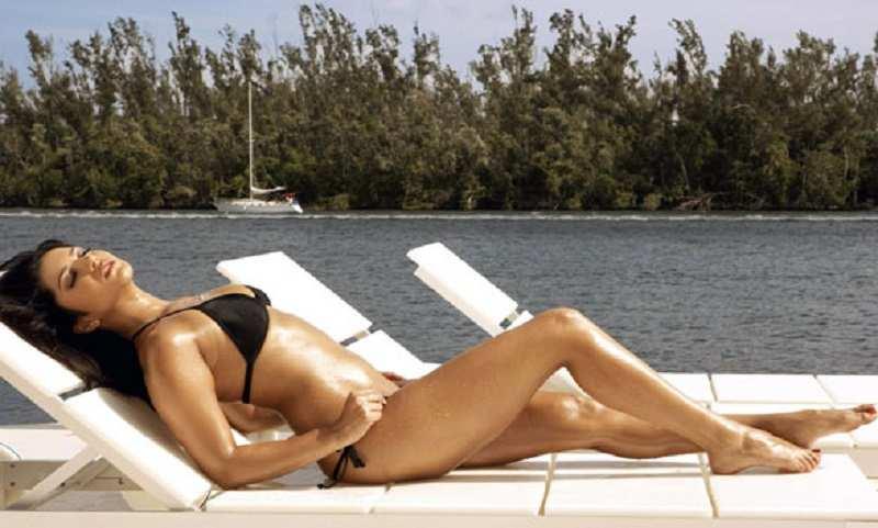 Katrina Kaif Photos: Hot Images, Bikini Pics & Video, Sexy HD