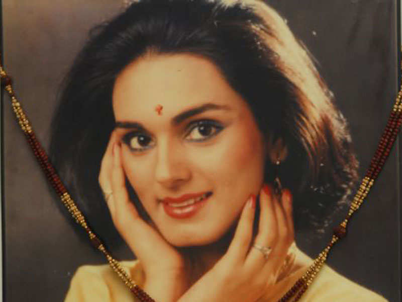 Neerja Bhanot killing: FBI releases age-progressed images of 4 wanted hijack suspects - Times of India