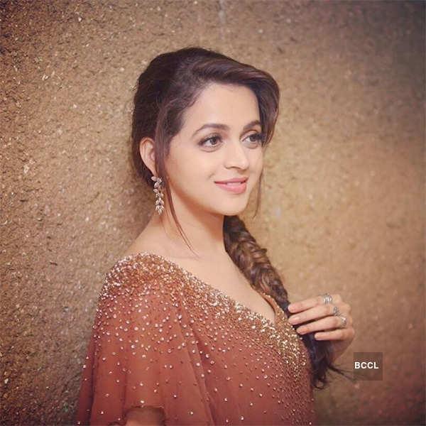 Actress Bhavana Photos Hot Image Sexy Video Of Malayalam