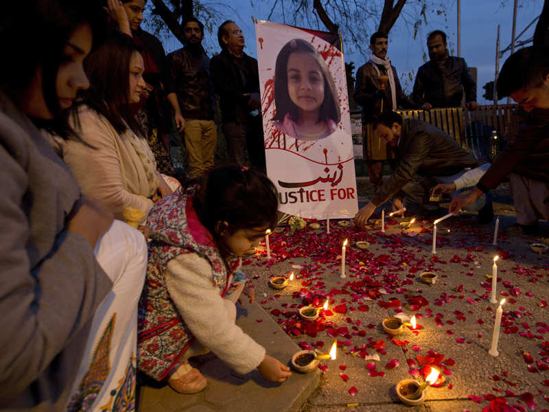 After girl's killing, Pakistani women speak out on abuse - Times of India