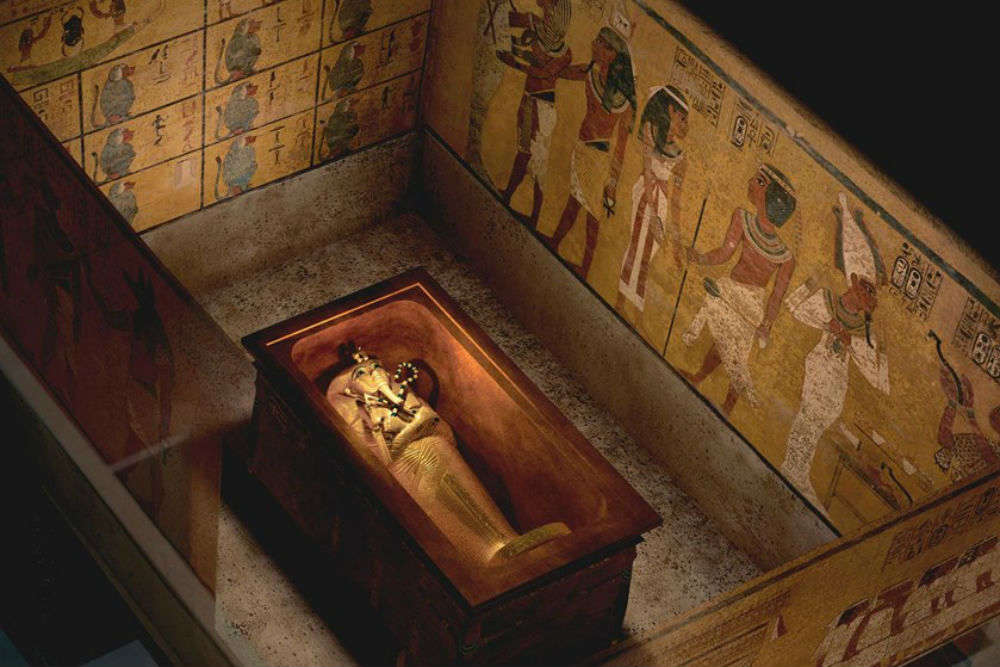 Egypt gets ready to unearth secret tomb of King Tutankhamun teenaged wife