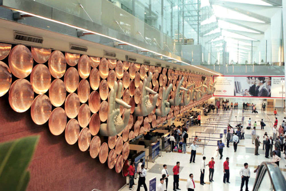 1000 new immigration officials to be hired to ease travel woes at IGI Airport, Delhi