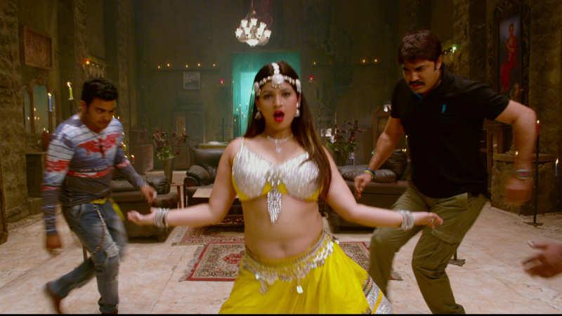 Ra Ra: 'Chinna Valle Naa' item song | Telugu Movie News - Times of India