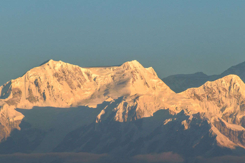 Pune trekkers to climb Kanchenjunga and clean it