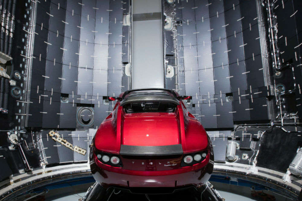 Starman rides Tesla Roadster into space – Elon Musk gives space travel the ultimate romantic trip