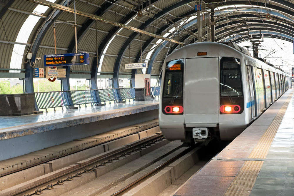 Delhi Metro – forget metro ride if your bag weighs more than 15 kg