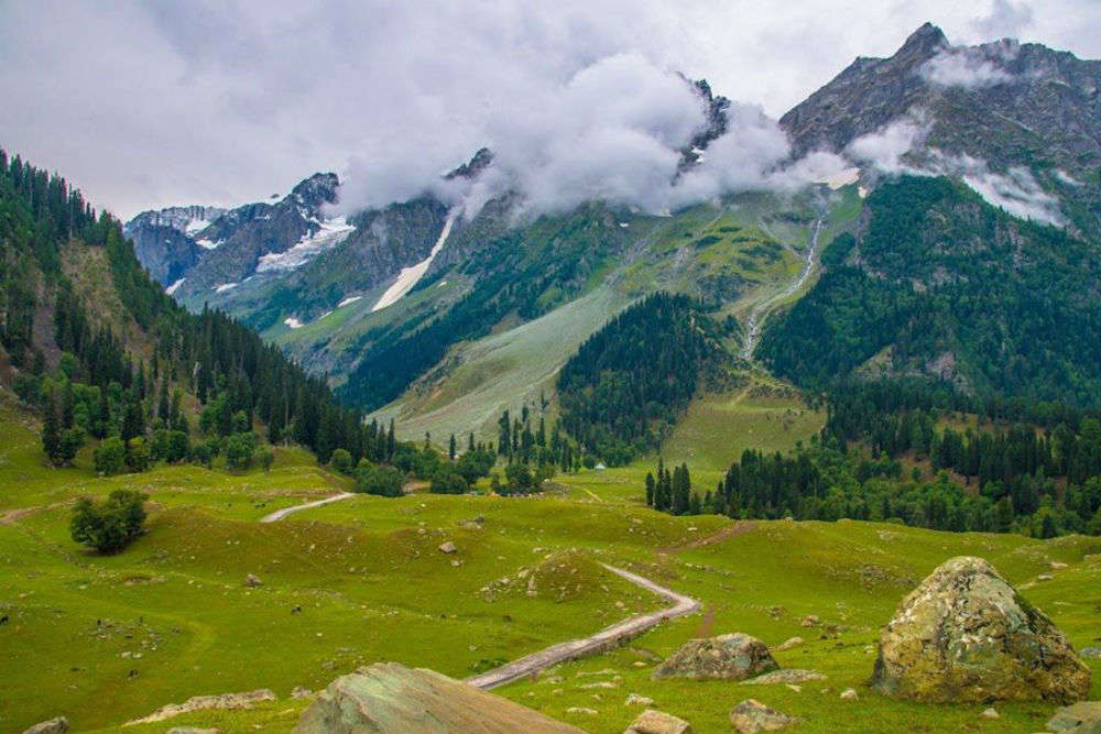 Kashmir to organise largest tourism convention in 30 years from March 27