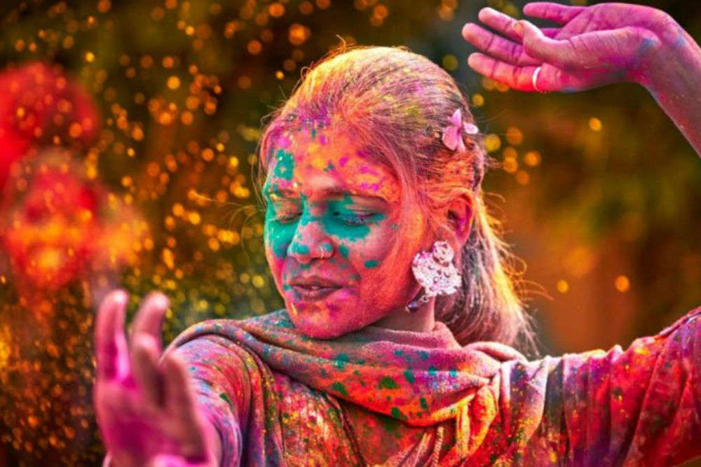Holi parties in Pune to celebrate the festival of colours!