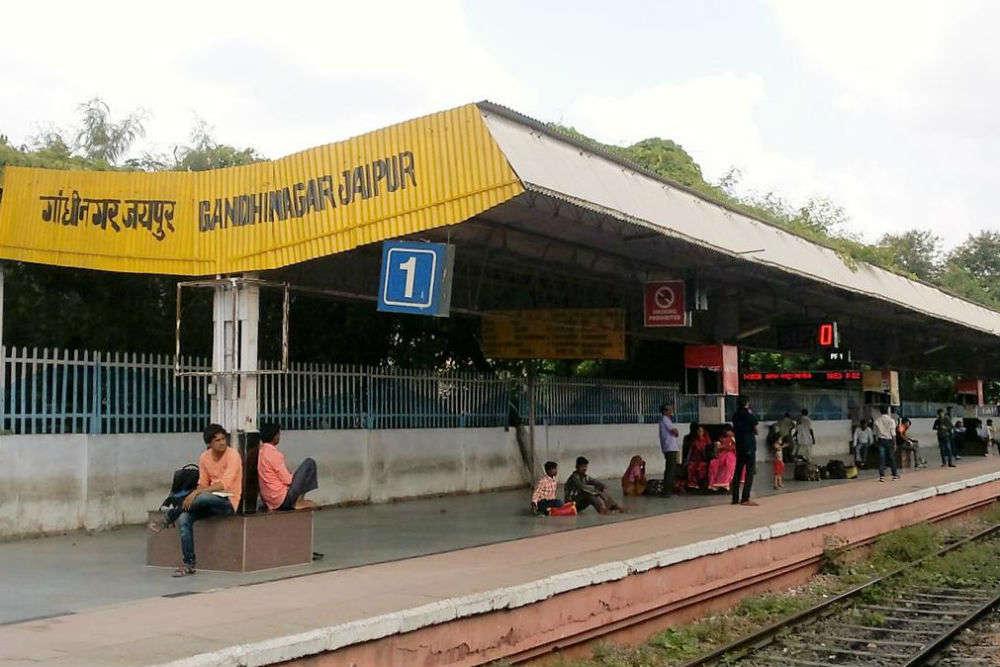 All-women crew to run Jaipur's Gandhinagar railway station