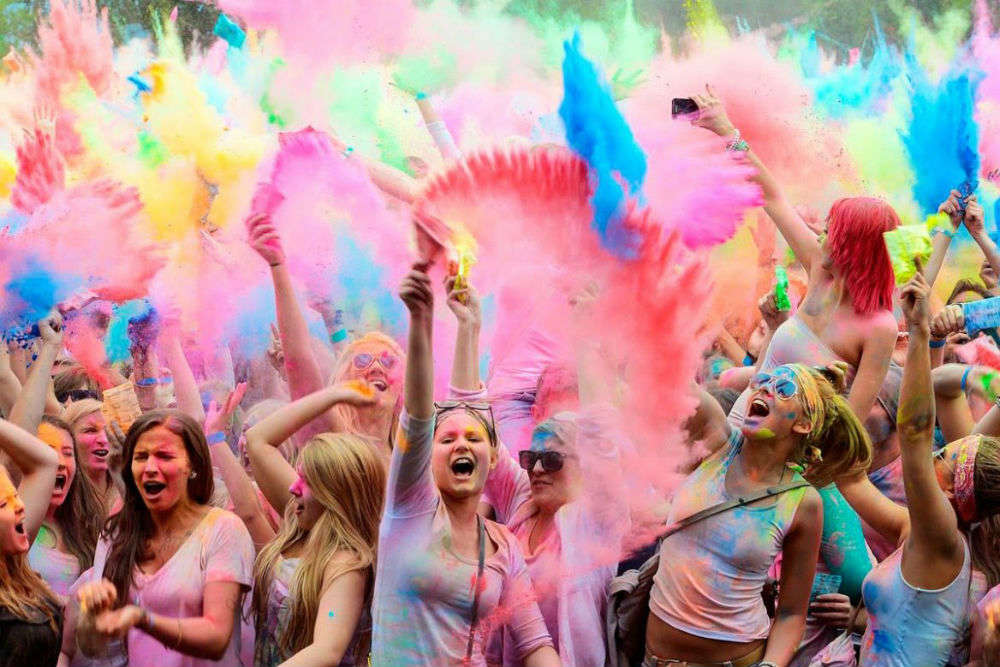 Holi 2018: Holi parties in Mumbai that promise memorable celebrations