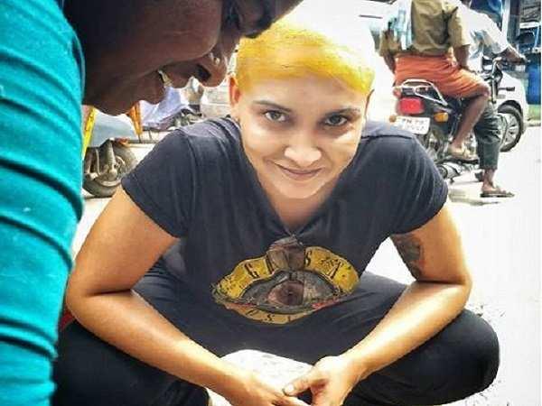 Actress Lena goes bald after visit to Palani temple