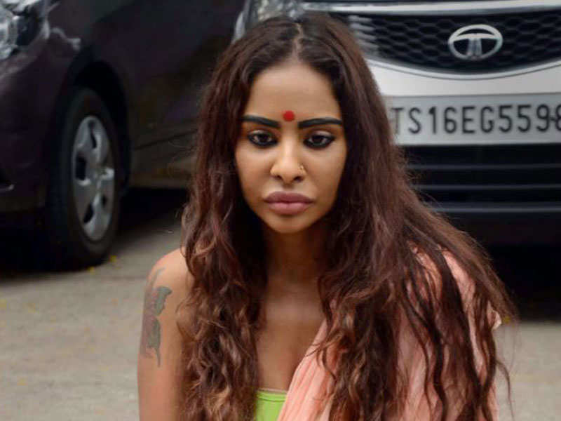 Sri Reddy Nude Protest Strips Tollywood, But Sri Reddy Cast Out In Eerie Hush -7726
