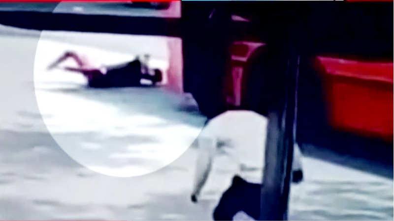 horrific-road-accident-caught-on-cam-in-delhi
