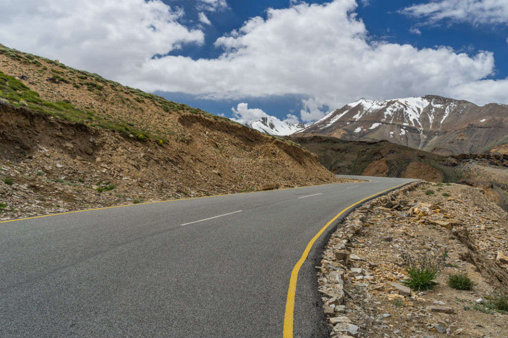Manali-Leh road to be thrown open for tourists in 10 days