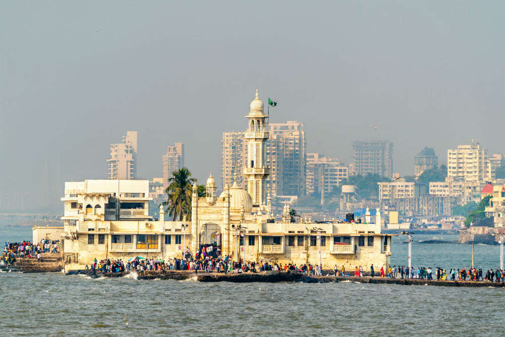 Haji Ali Dargah - all that you need to know about this floating wonder