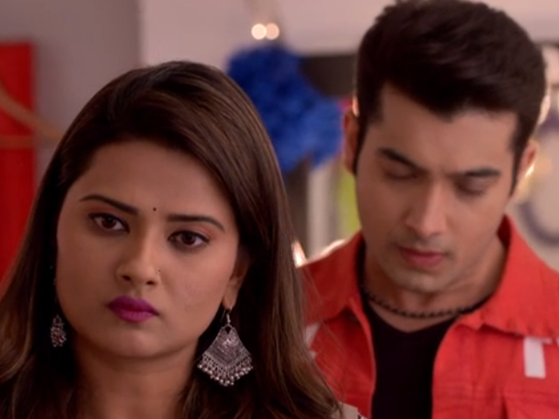 Kasam Tere Pyar Ki written update May 15, 2018: Kritika accuses