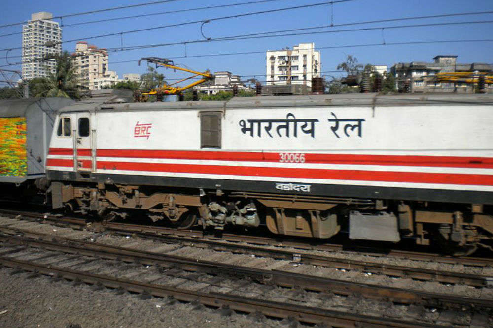 Indian Railways to introduce 700 Deen Dayalu coaches for unreserved passengers