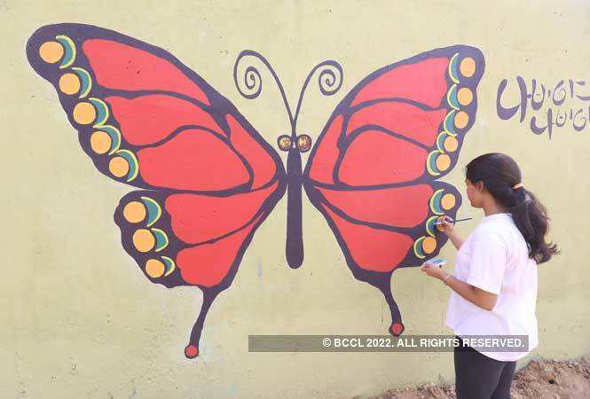 North India Wall Paintings By Students Add Colour To Gurgaon S