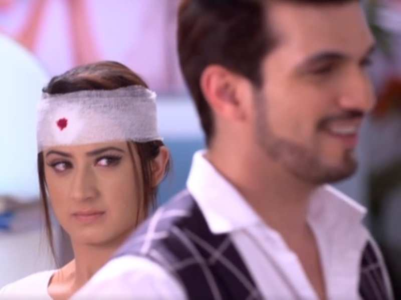 Ishq Mein Marjawan written update, May 28, 2018: Tara tries to stab