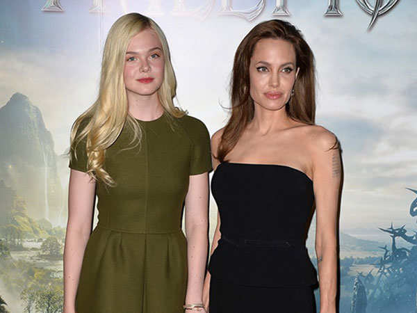 Maleficent 2 Angelina Jolie Reunites With Elle Fanning For