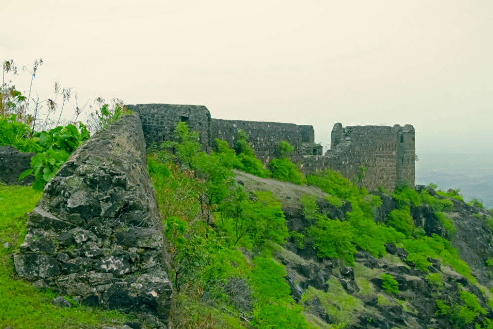 Raireshwar, Vichitragad and Parwadi forts in Pune to become tourist spots