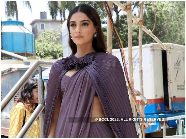 496841af4f341 Sonam Kapoor Ahuja birthday  This is how Sonam Kapoor Ahuja celebrated her  birthday