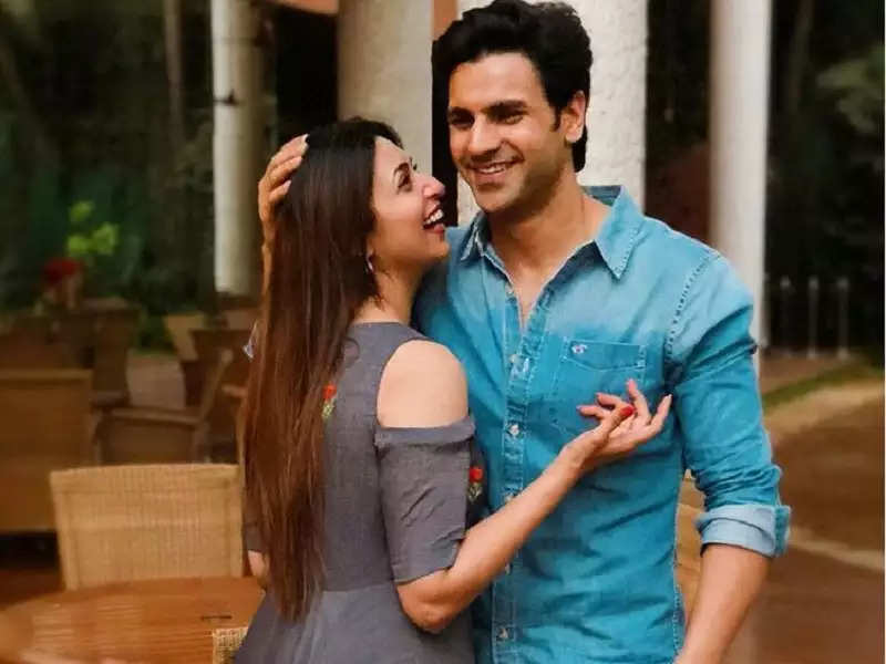 My relationship with Divyanka Tripathi is not influenced by what people  say: Vivek Dahiya - Times of India