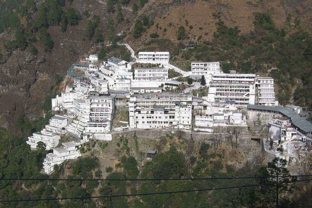 5 temples to visit near Vaishno Devi for beautiful experiences