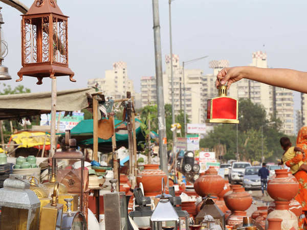 Head Over To These Gurgaon Markets To Furnish Your Home On A Budget Gurgaon News Times Of India