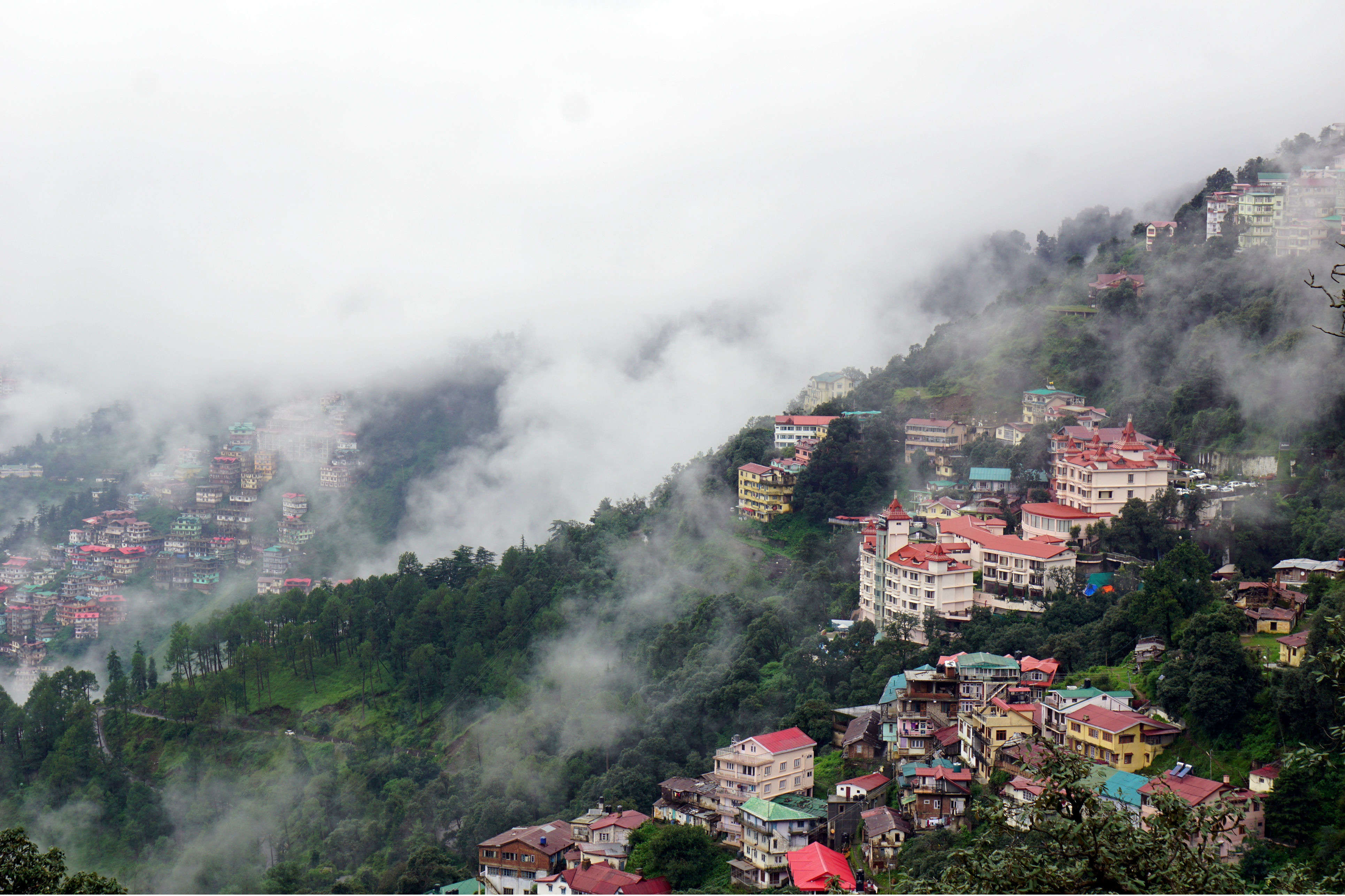 Shimla water crisis over, hoteliers call tourists